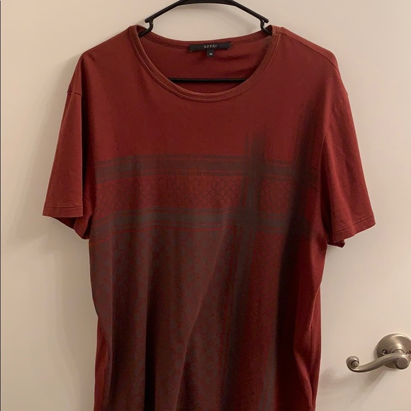 Gucci Other - Men's rust color Gucci T-shirt with printed logo